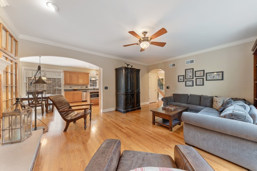 Real Estate Photography - 827 N. Princeton, Arlington Heights, IL, 60004 - Family Room / Kitchen