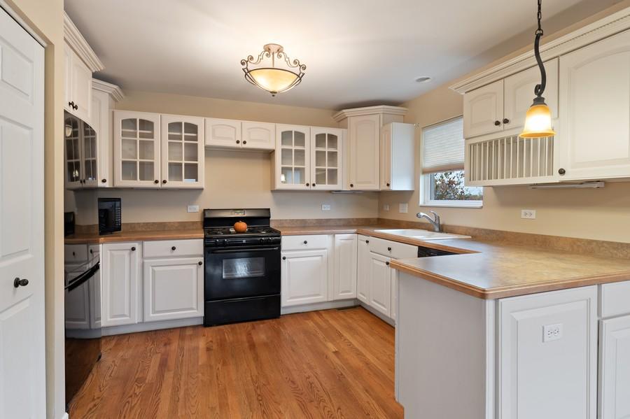 Real Estate Photography - 29930 Trim Creek Lane, Beecher, IL, 60401 - Kitchen