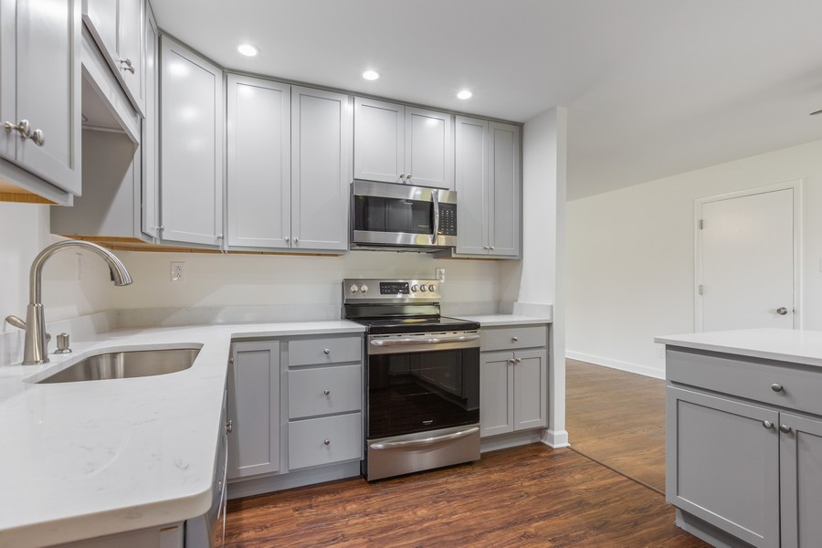 Real Estate Photography - 7630 W. 131st Street, Palos Heights, IL, 60463 - Kitchen