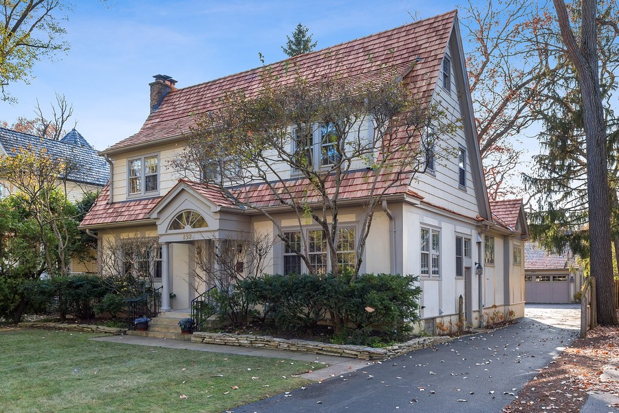 Real Estate Photography - 892 Valley Rd, Glencoe, IL, 60022 - Front View