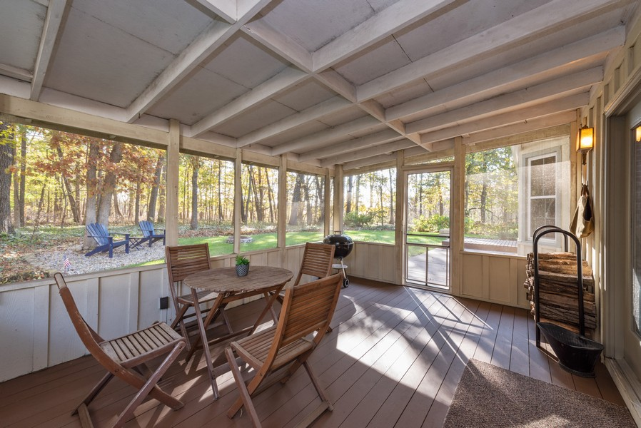 Real Estate Photography - 2051 Lawndale Dr, Valparaiso, IN, 46383 - Porch