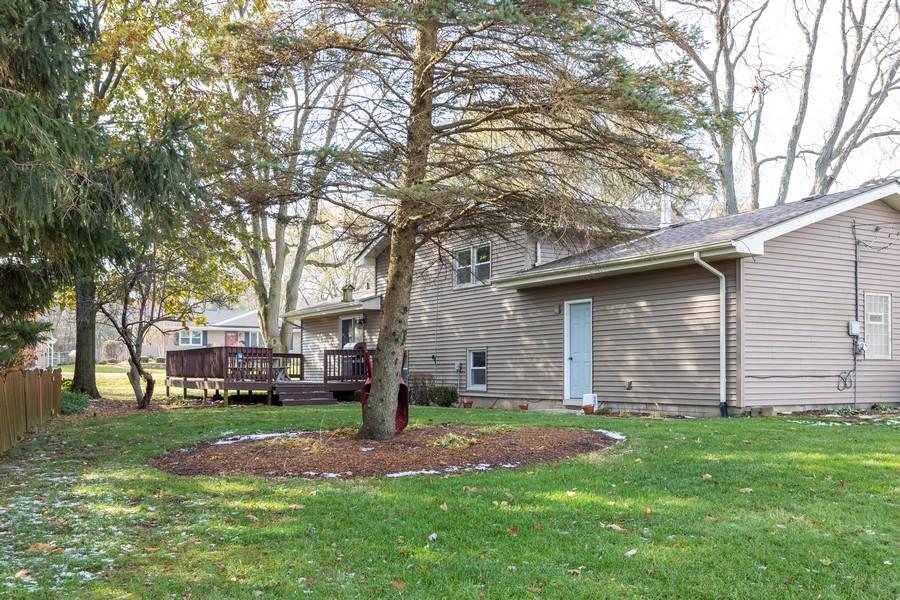 Real Estate Photography - 120 Hempstead Pl, Joliet, IL, 60433 - Rear View
