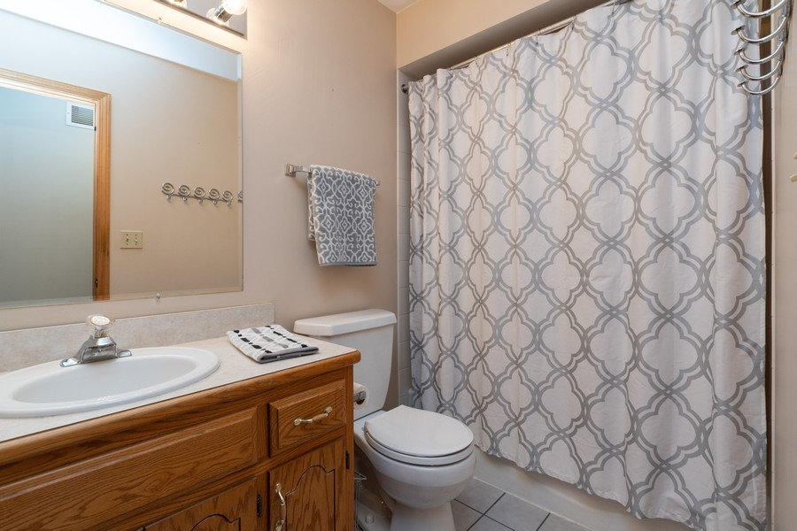 Real Estate Photography - 1956 Cornell, New Lenox, IL, 60451 - Bathroom