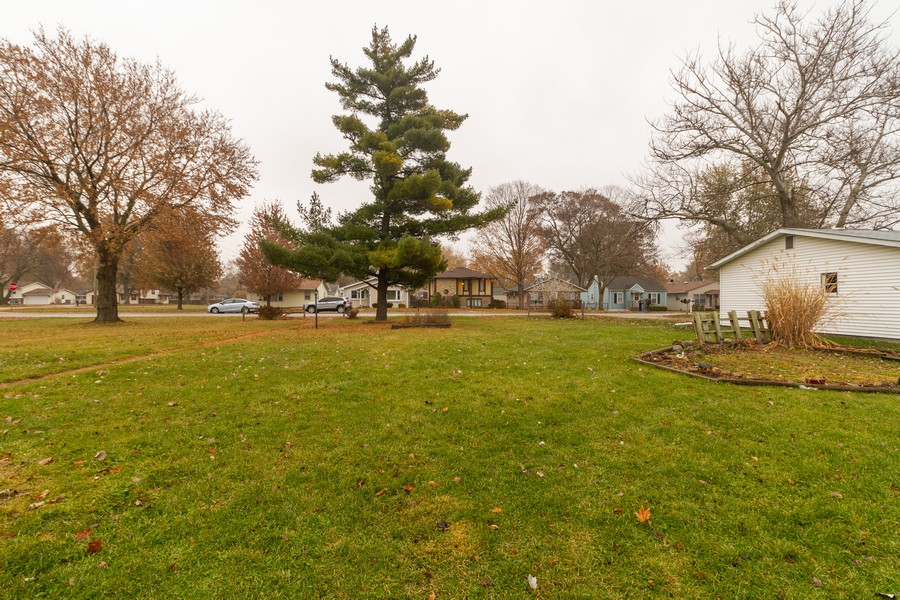 Real Estate Photography - 277 N. Monroe, Bradley, IL, 60915 - Front Yard
