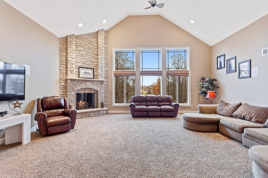 Real Estate Photography - 16200 Syd Creek Drive, Homer Glen, IL, 60491 - Family Room