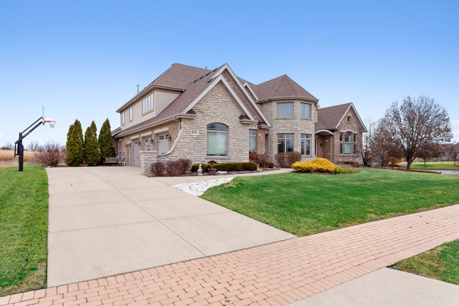 Real Estate Photography - 16200 Syd Creek Drive, Homer Glen, IL, 60491 - Front View