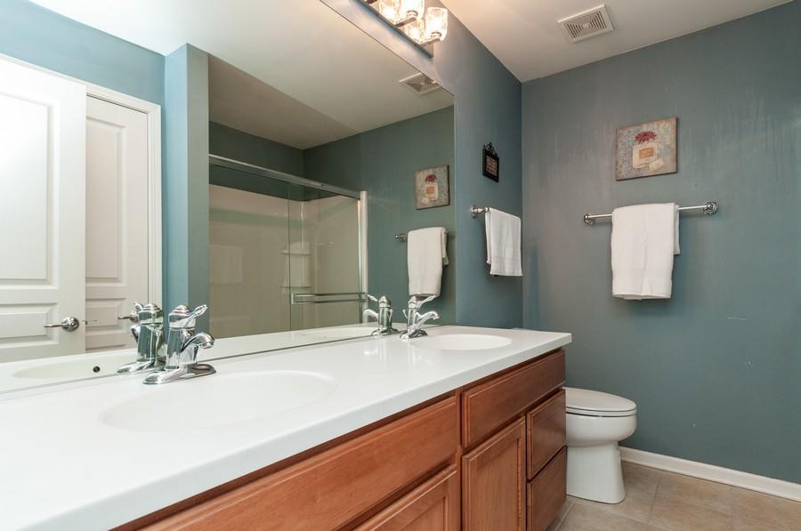 Real Estate Photography - 108 Devoe, Oswego, IL, 60543 - Master Bathroom