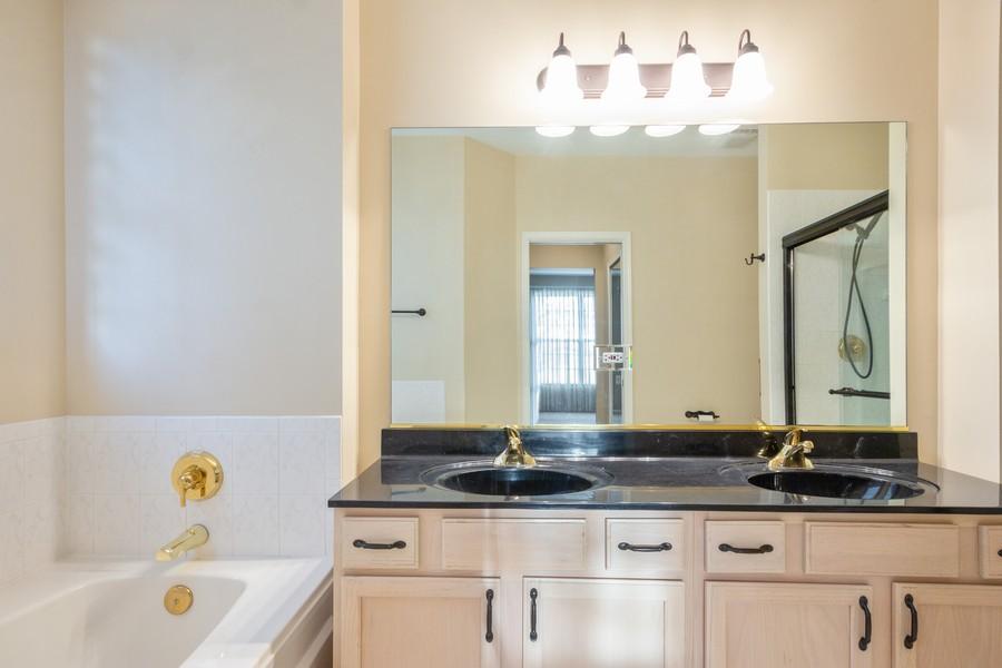 Real Estate Photography - 708 Ponds Ct., Oswego, IL, 60543 - Master Bathroom