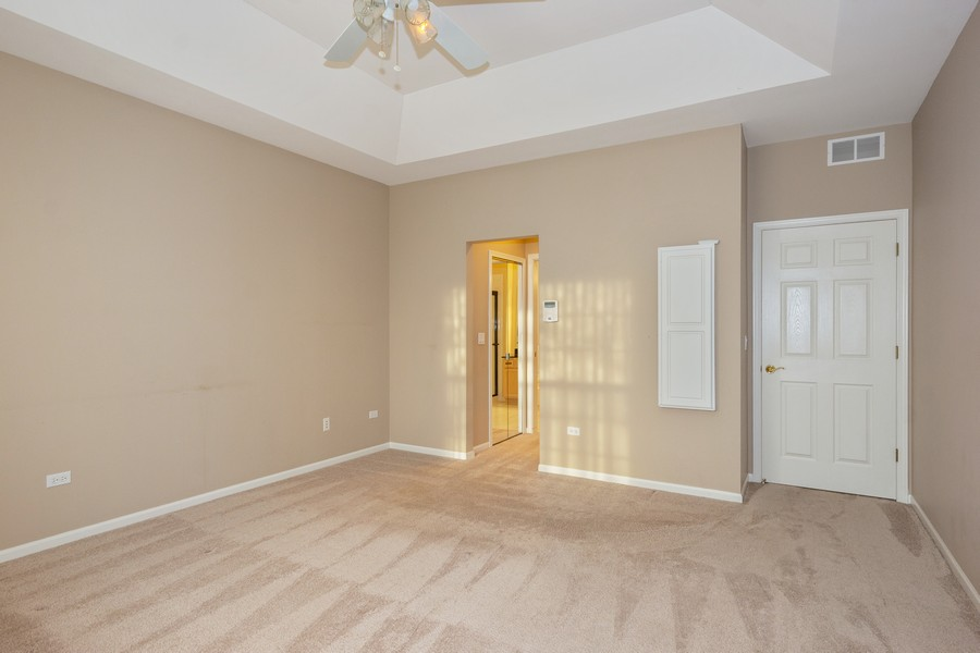 Real Estate Photography - 708 Ponds Ct., Oswego, IL, 60543 - Master Bedroom