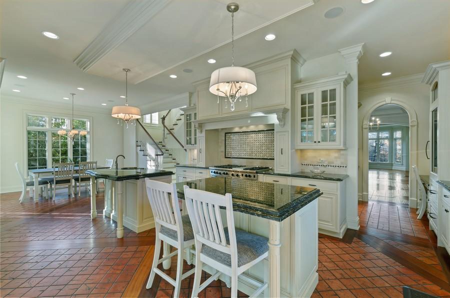 Real Estate Photography - 114 Mary St, Winnetka, IL, 60093 - Kitchen