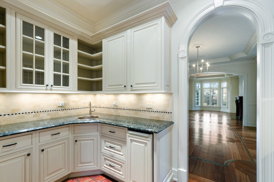 Real Estate Photography - 114 Mary St, Winnetka, IL, 60093 - Butler's pantry