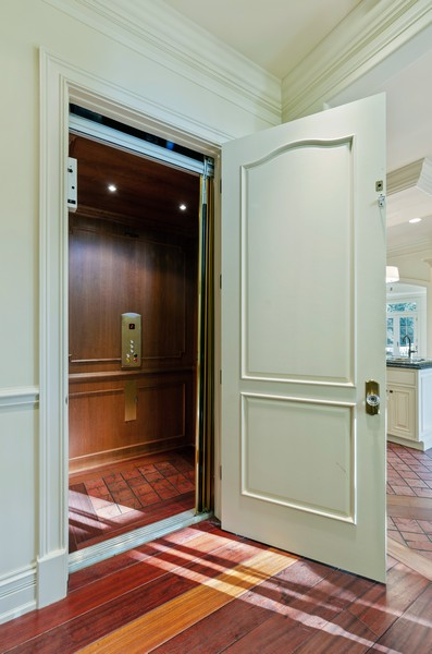 Real Estate Photography - 114 Mary St, Winnetka, IL, 60093 - Elevator