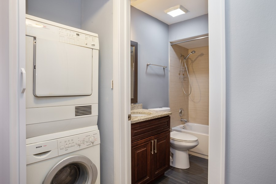Real Estate Photography - 126 Lalomde, Unit 1C, Addison, IL, 60101 - Laundry Room