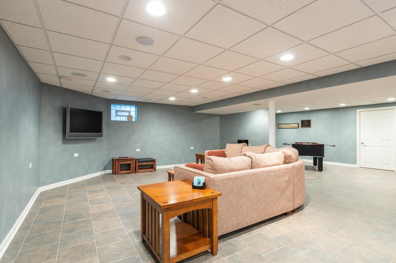 Real Estate Photography - 10960 Ashton Lane, Orland Park, IL, 60467 - Basement