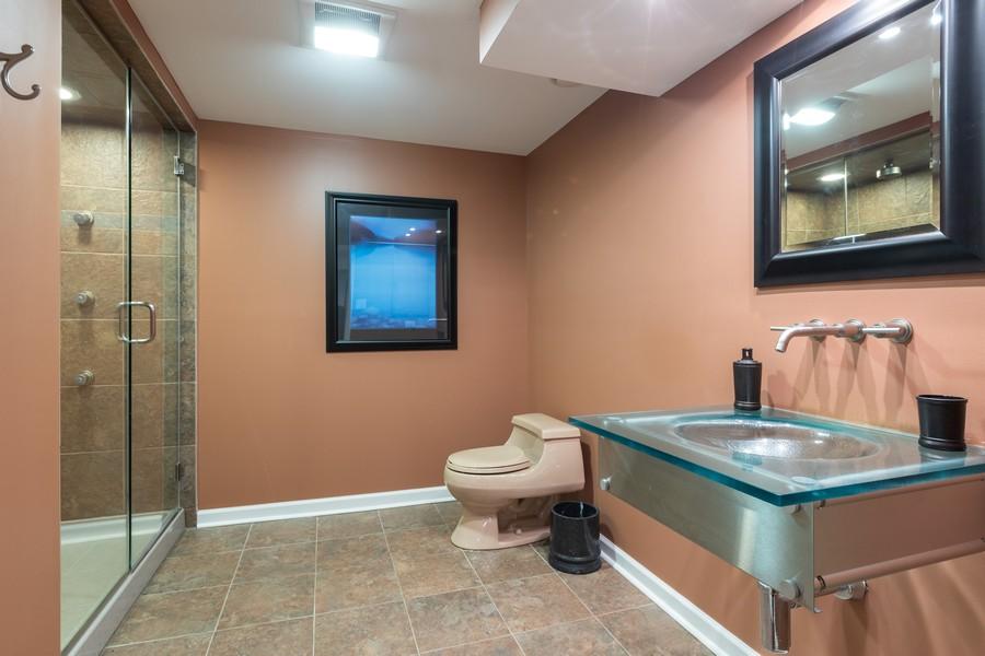 Real Estate Photography - 10960 Ashton Lane, Orland Park, IL, 60467 - 3rd Bathroom