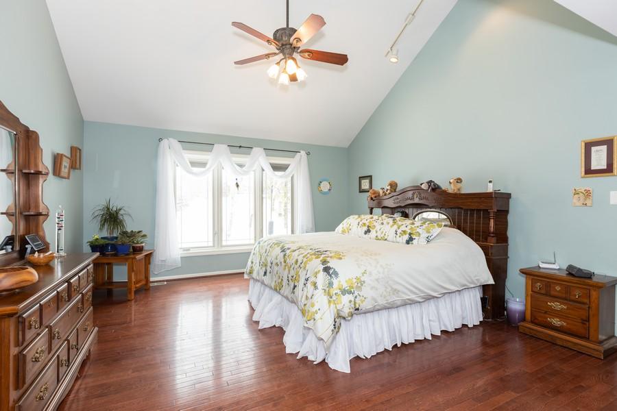 Real Estate Photography - 10960 Ashton Lane, Orland Park, IL, 60467 - Master Bedroom