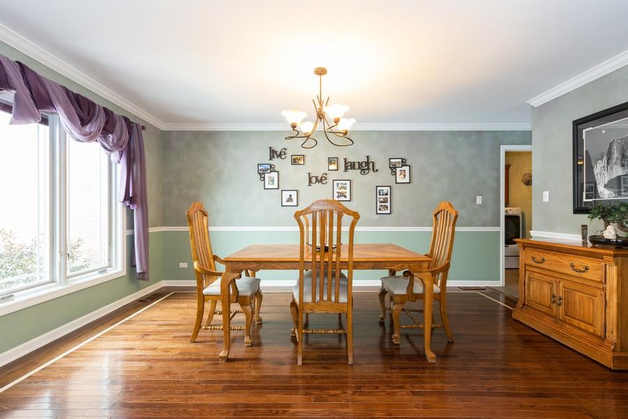 Real Estate Photography - 10960 Ashton Lane, Orland Park, IL, 60467 - Dining Room