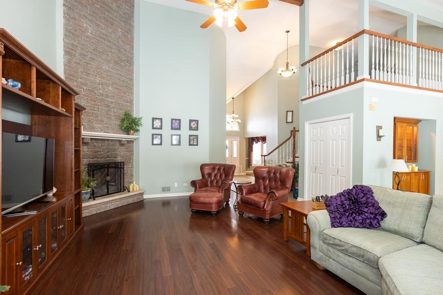 Real Estate Photography - 10960 Ashton Lane, Orland Park, IL, 60467 - Family Room