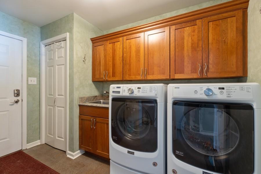 Real Estate Photography - 10960 Ashton Lane, Orland Park, IL, 60467 - Laundry Room