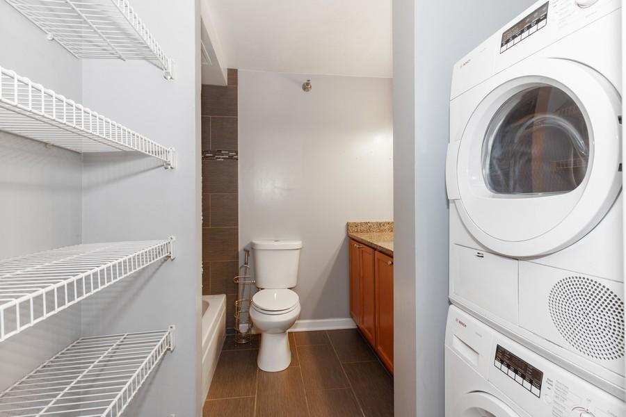 Real Estate Photography - 474 Lake Shore Dr #3112, Chiucago, IL, 60611 - Laundry Room
