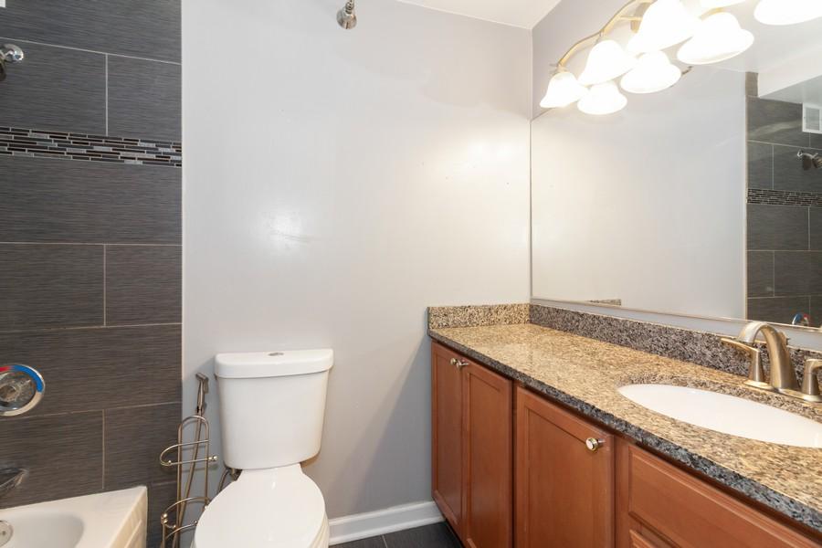 Real Estate Photography - 474 Lake Shore Dr #3112, Chiucago, IL, 60611 - Bathroom