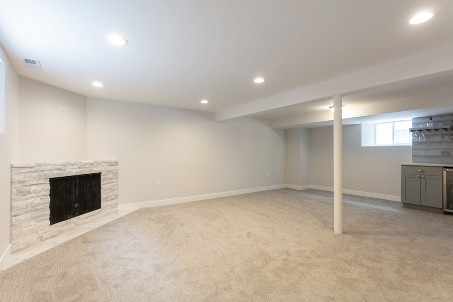 Real Estate Photography - 7138 W Berwyn, Chicago, IL, 60656 -