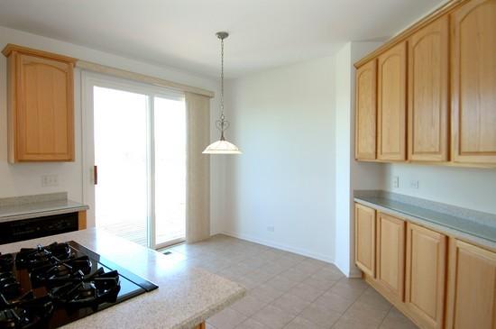 Real Estate Photography - 1040 Orchard Pond Court, Lake Zurich, IL, 60047 - Kitchen