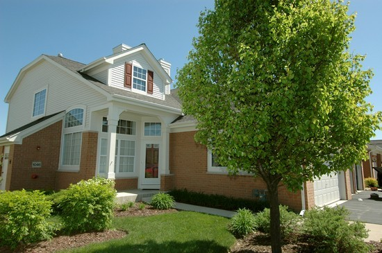 Real Estate Photography - 1040 Orchard Pond Court, Lake Zurich, IL, 60047 - Front View