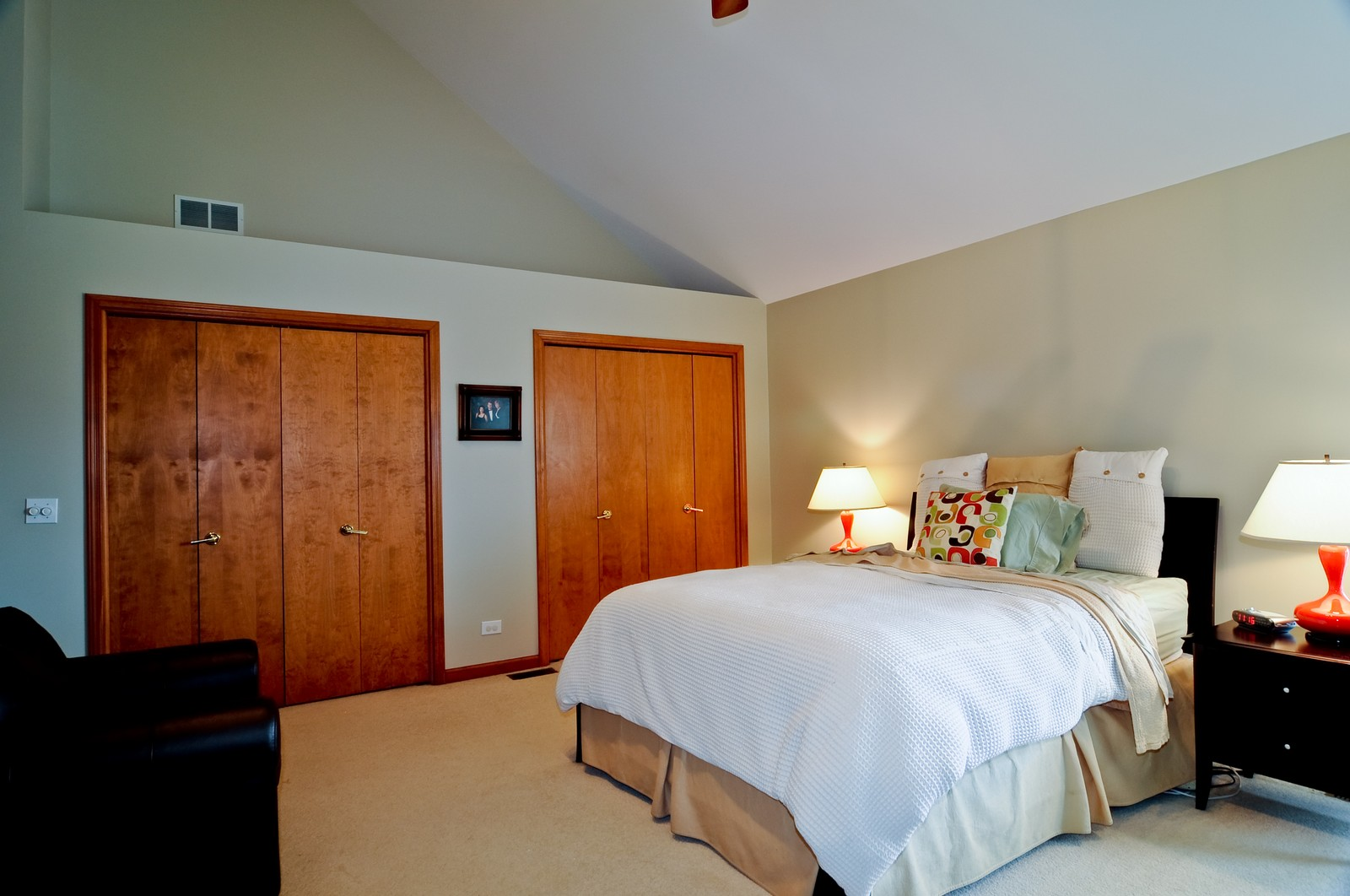 Real Estate Photography - 26W011 Quail Run Drive, Wheaton, IL, 60187 - Master Bedroom