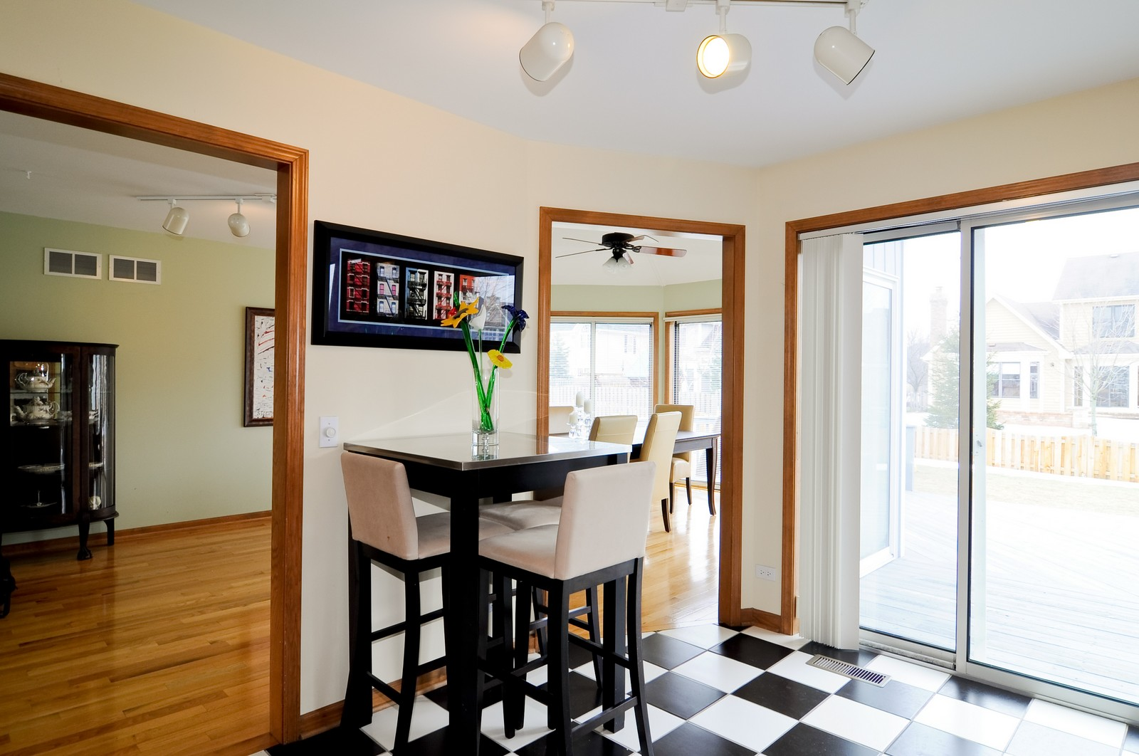 Real Estate Photography - 26W011 Quail Run Drive, Wheaton, IL, 60187 - Breakfast Nook