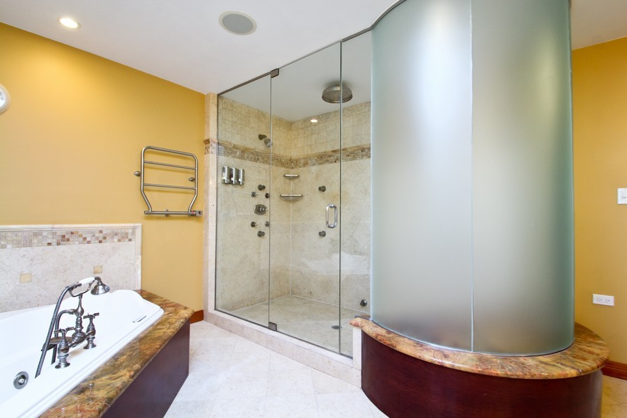Real Estate Photography - 1611 Midwest Club Parkway, Oak Brook, IL, 60523 - Master Bathroom