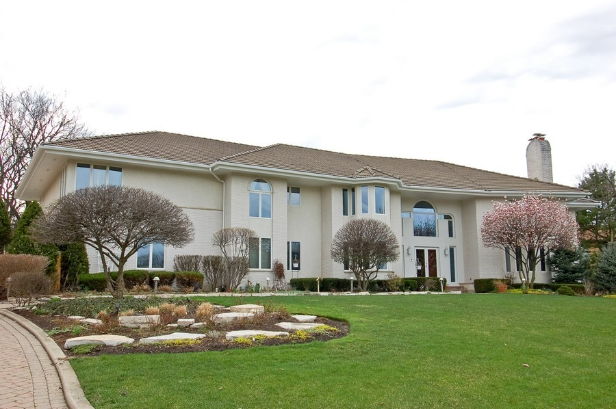 Real Estate Photography - 1611 Midwest Club Parkway, Oak Brook, IL, 60523 - Front View