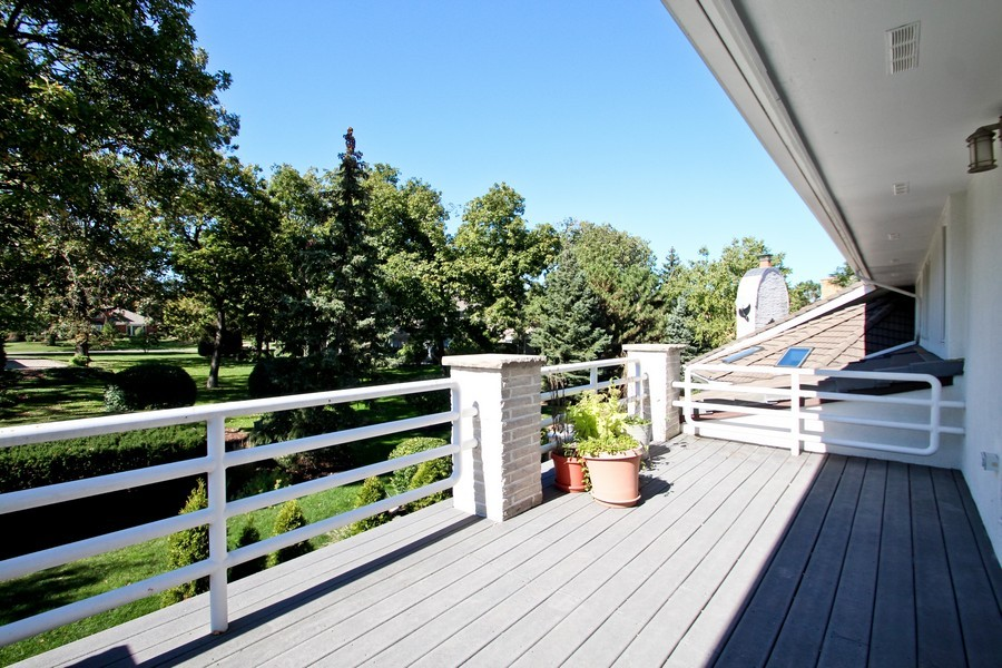 Real Estate Photography - 1611 Midwest Club Parkway, Oak Brook, IL, 60523 - Balcony