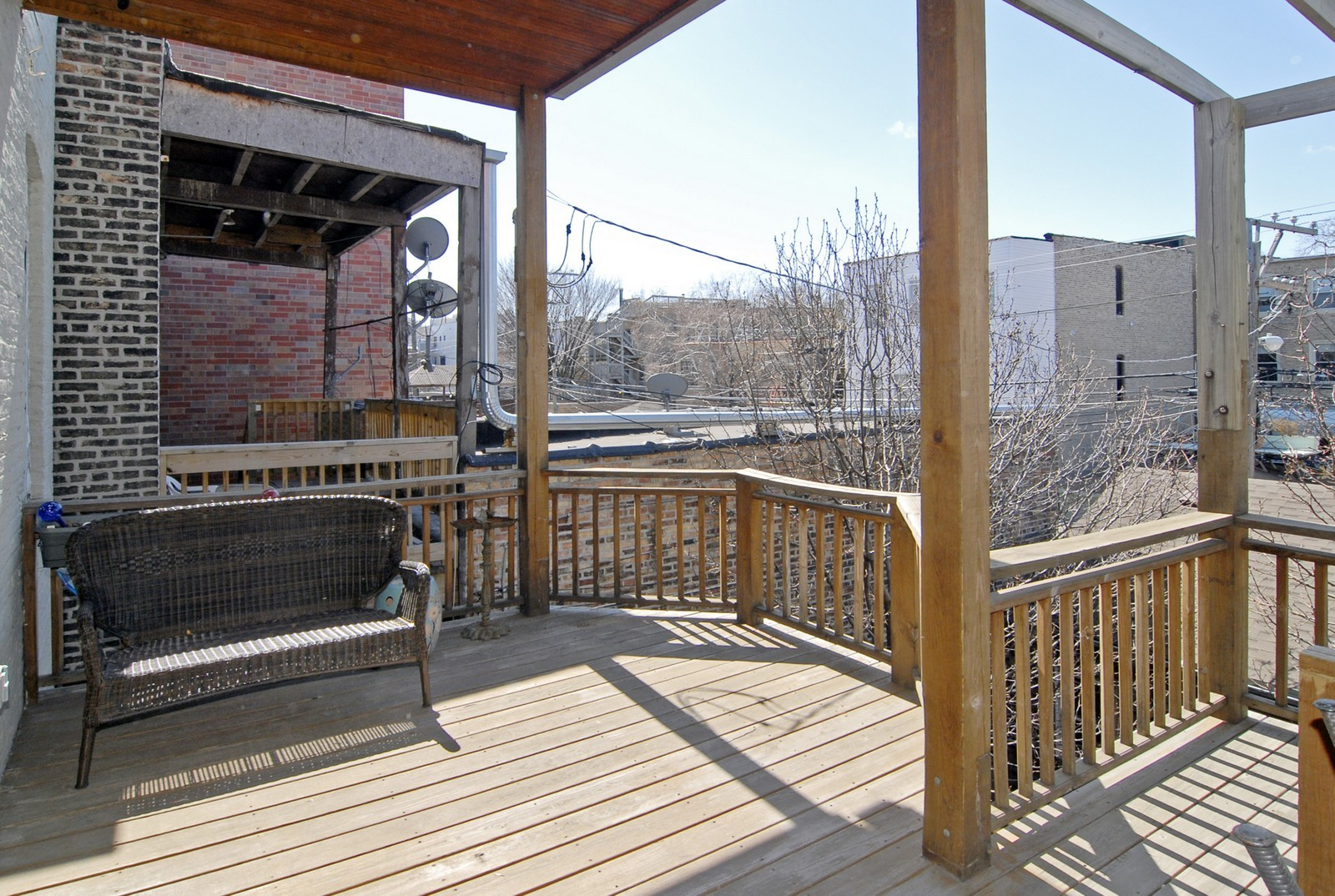 Real Estate Photography - 2044 N Sheffield, Unit 3, Chicago, IL, 60614 - Porch