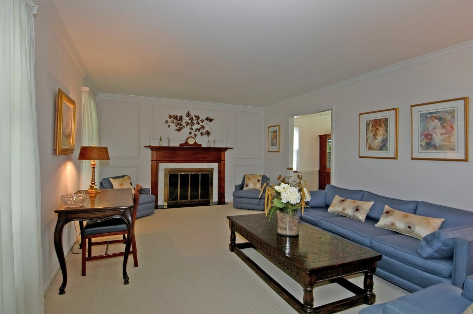Real Estate Photography - 2785 Chapel, Barrington Hills, IL, 60010 - Living Room