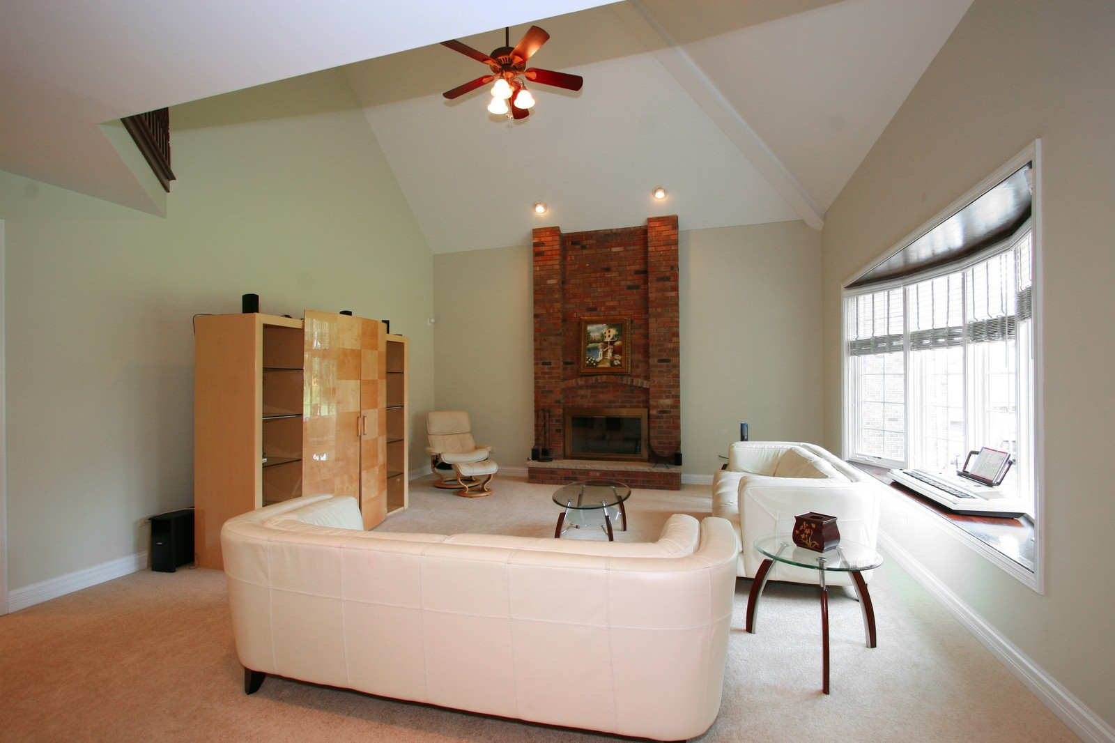 Real Estate Photography - 278 Middaugh Rd, Clarendon Hills, IL, 60514 - Family Room