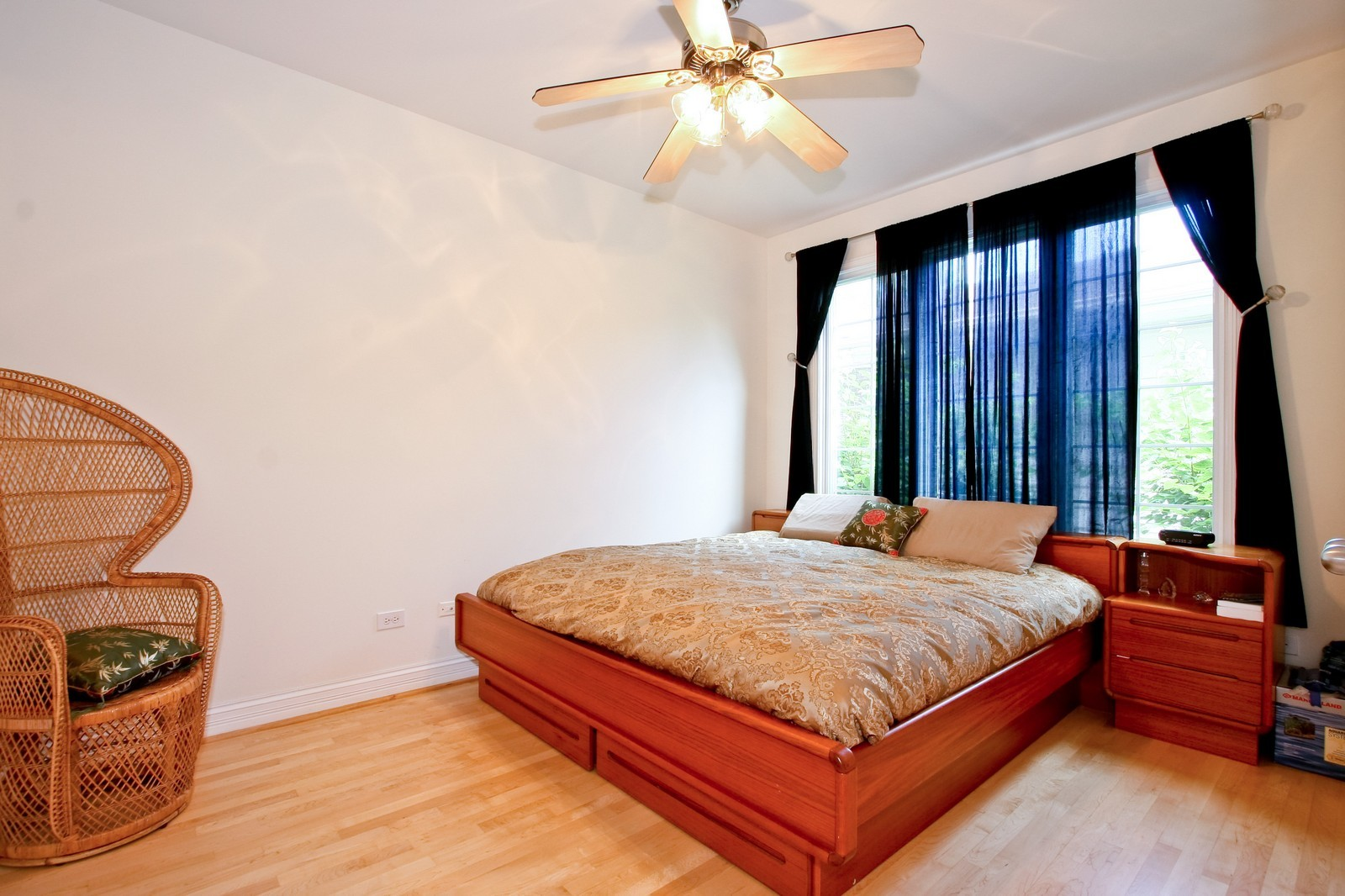 Real Estate Photography - 278 Middaugh Rd, Clarendon Hills, IL, 60514 - Bedroom