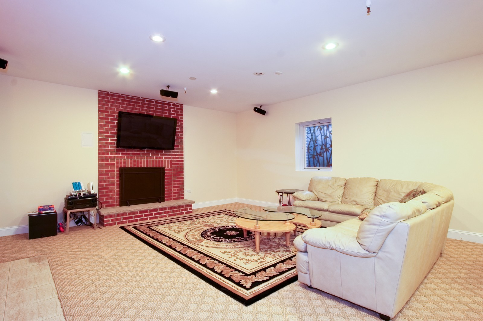 Real Estate Photography - 278 Middaugh Rd, Clarendon Hills, IL, 60514 - Recreational Room