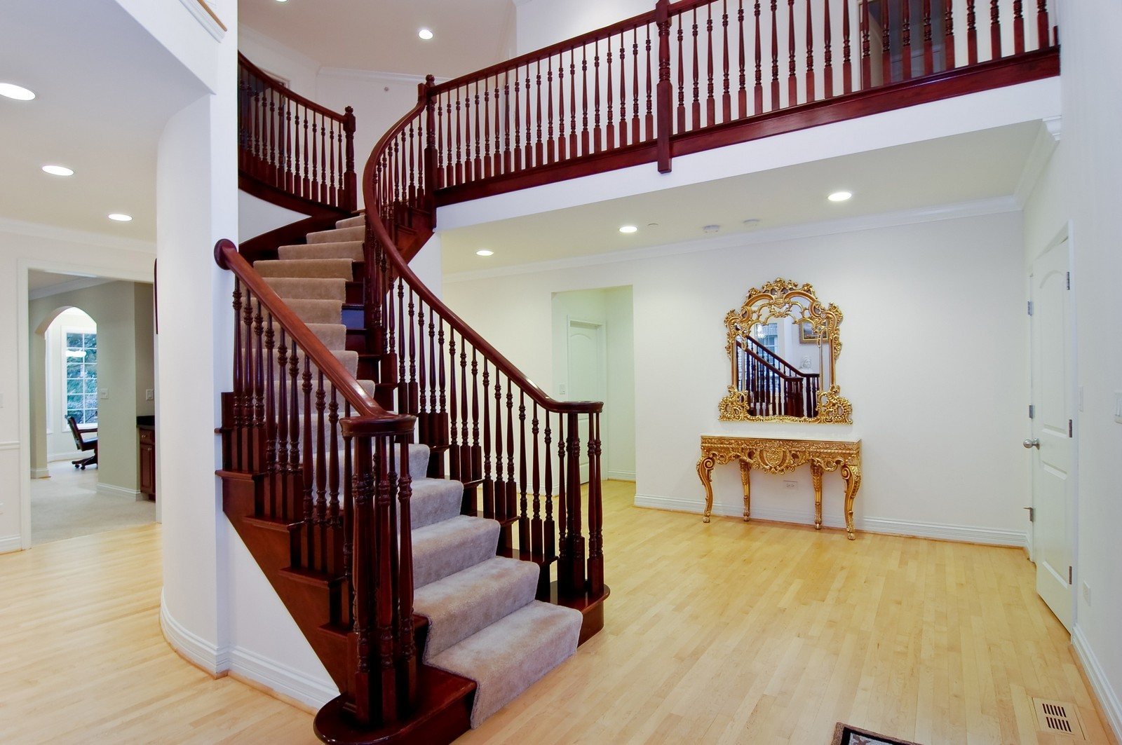 Real Estate Photography - 278 Middaugh Rd, Clarendon Hills, IL, 60514 - Foyer