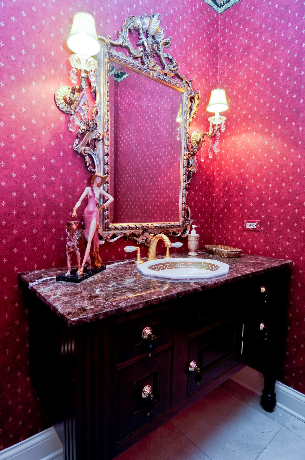 Real Estate Photography - 31 Lake Adalyn Drive, South Barrington, IL, 60010 - Powder Room