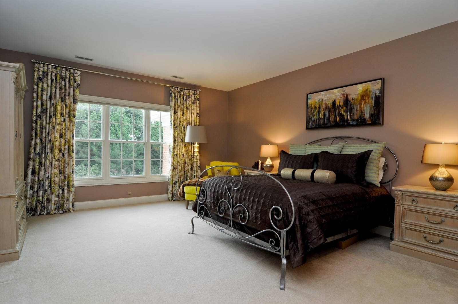 Real Estate Photography - 31 Lake Adalyn Drive, South Barrington, IL, 60010 - 2nd Guest Bedroom Suite