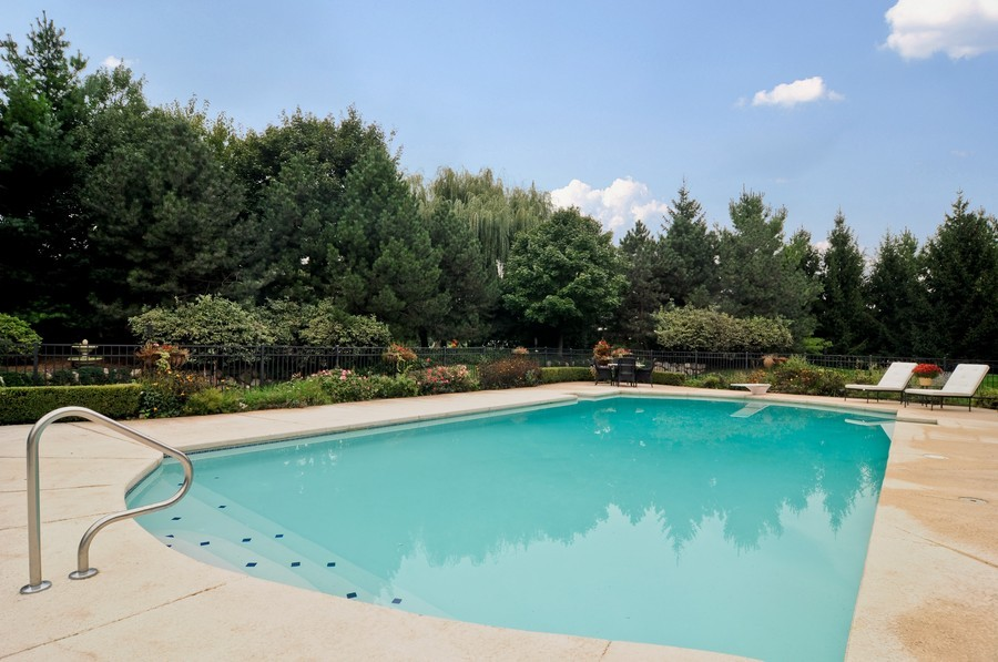 Real Estate Photography - 31 Lake Adalyn Drive, South Barrington, IL, 60010 - In Ground Pool