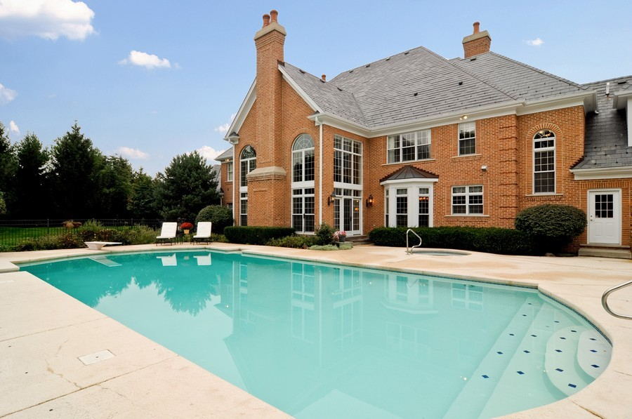Real Estate Photography - 31 Lake Adalyn Drive, South Barrington, IL, 60010 - Rear View