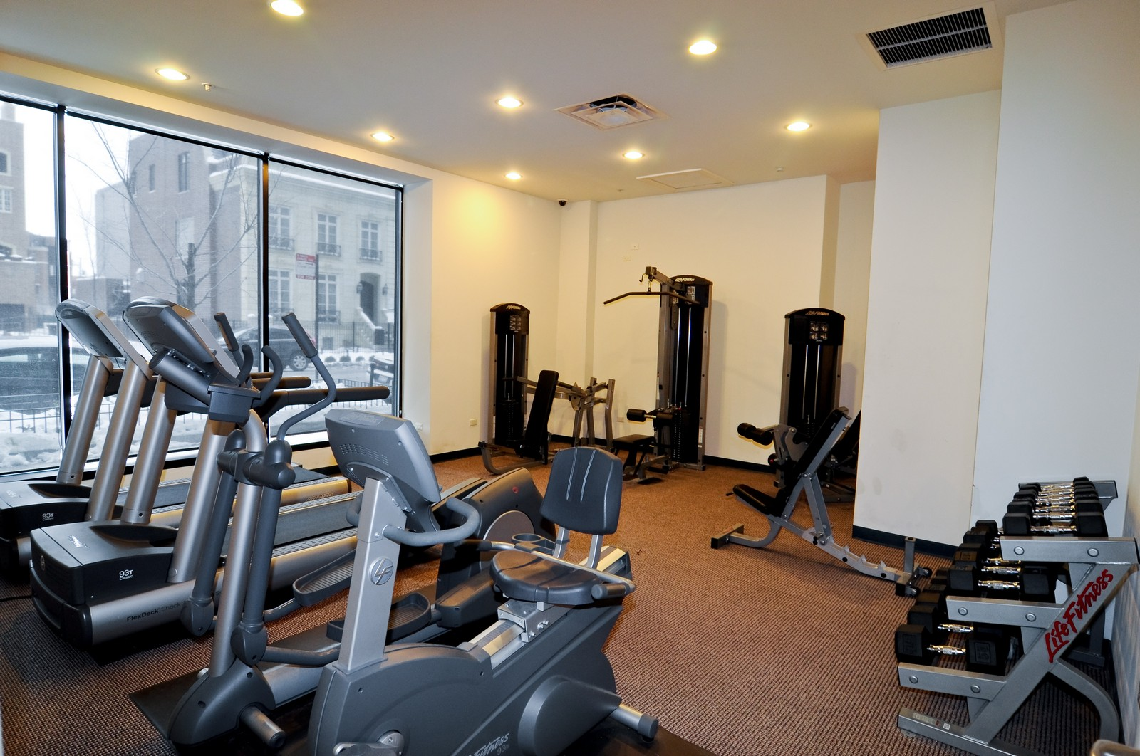 Real Estate Photography - 451 W Huron, Unit 707, Chicago, IL, 60654 - Exercise Room