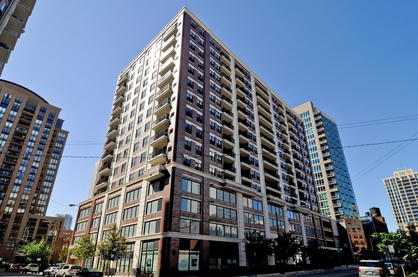 Real Estate Photography - 451 W Huron, Unit 707, Chicago, IL, 60654 - Front View