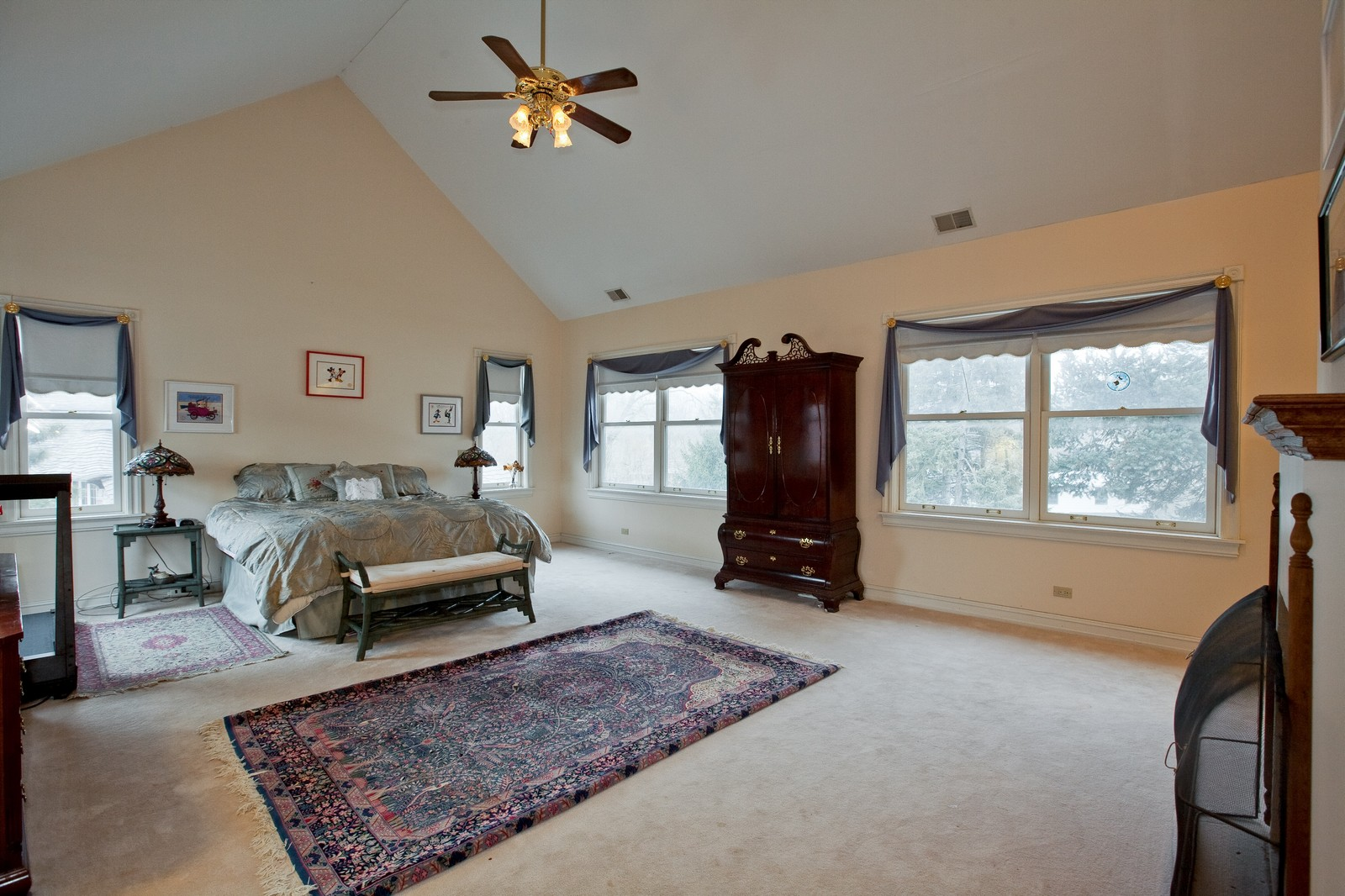 Real Estate Photography - 5324 Turvey Ct, Downers Grove, IL, 60515 - Master Bedroom