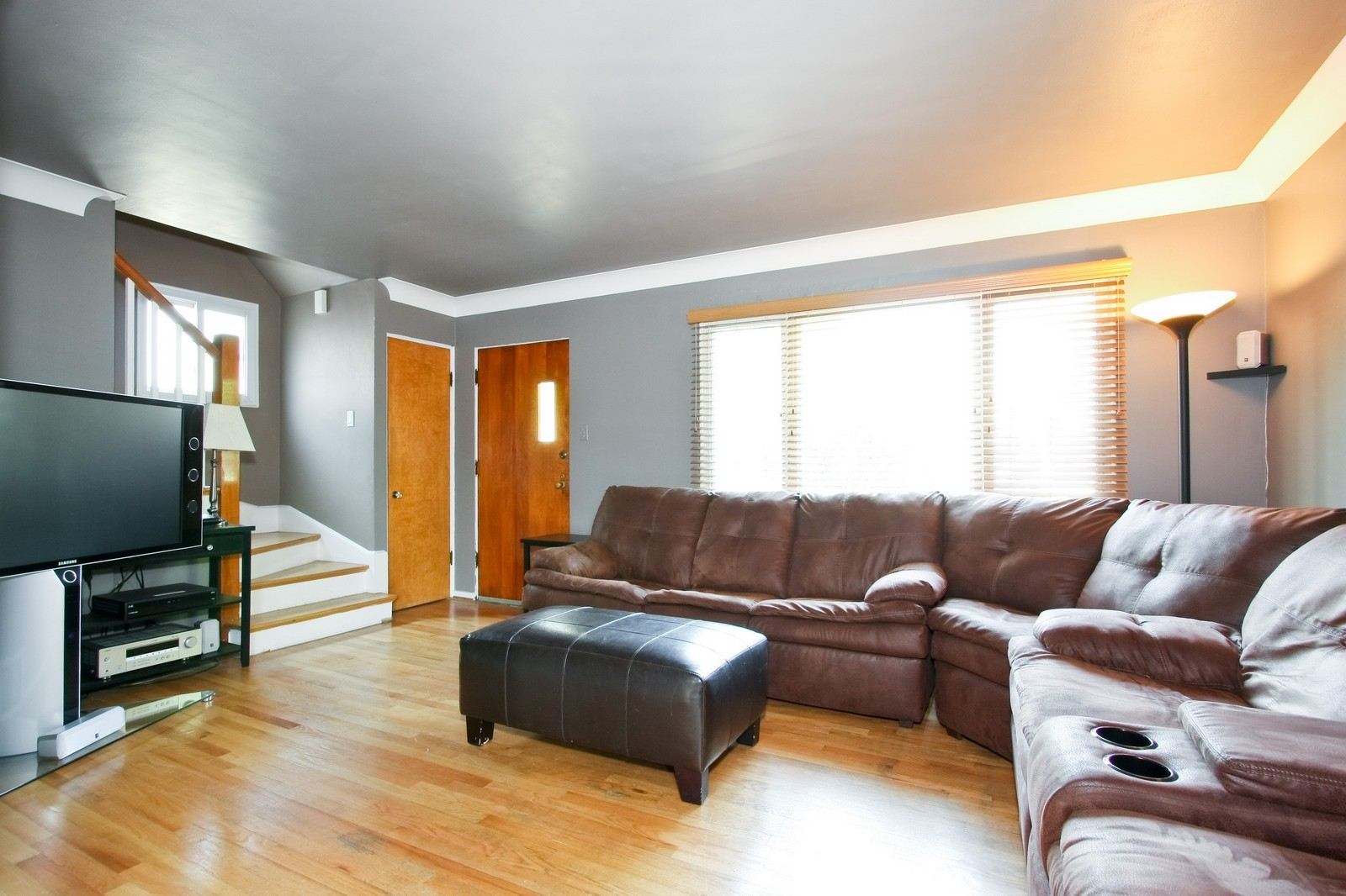 Real Estate Photography - 11468 S Homan, Chicago, IL, 60655 - Living Room