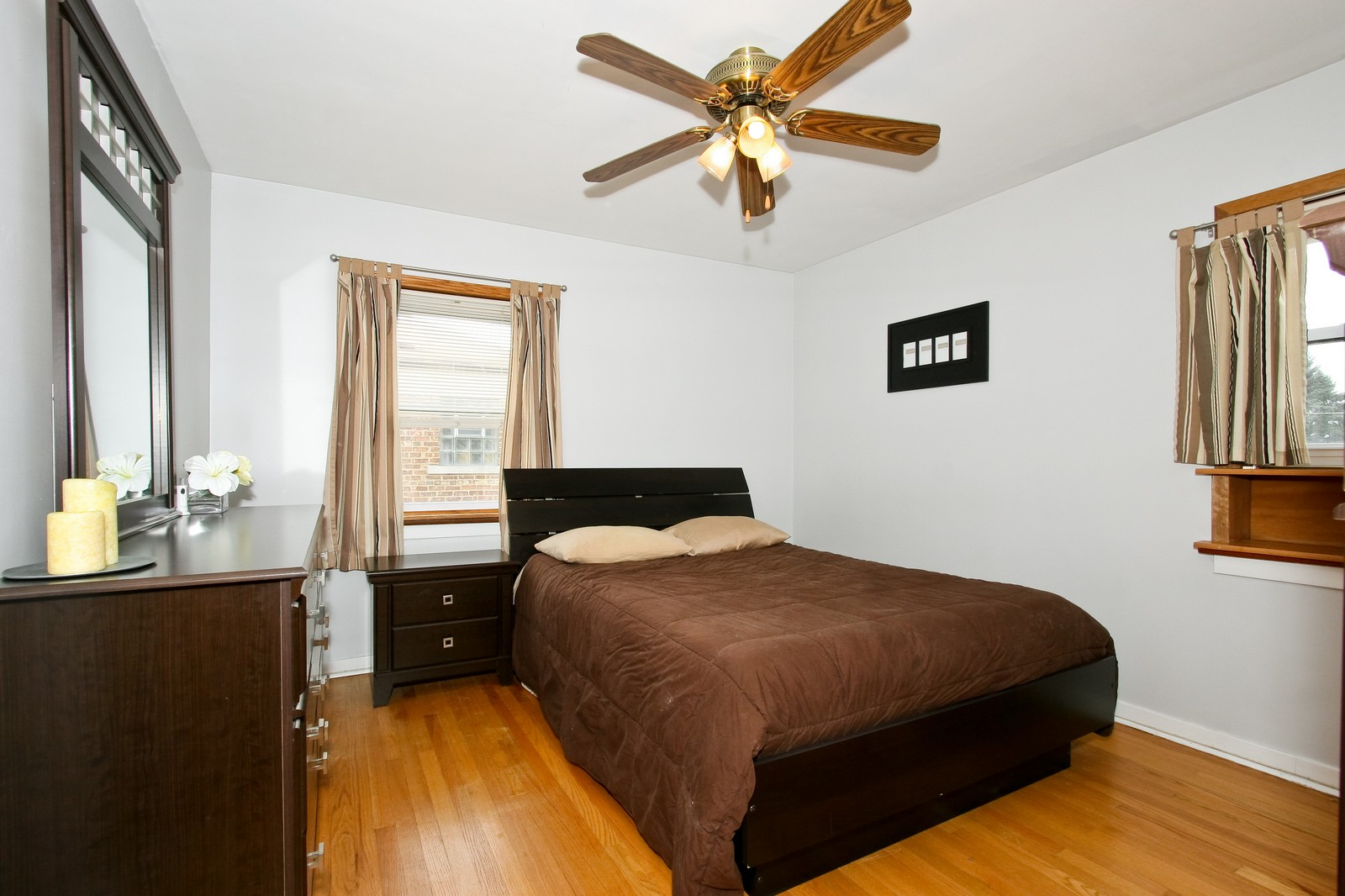 Real Estate Photography - 11468 S Homan, Chicago, IL, 60655 - 2nd Bedroom