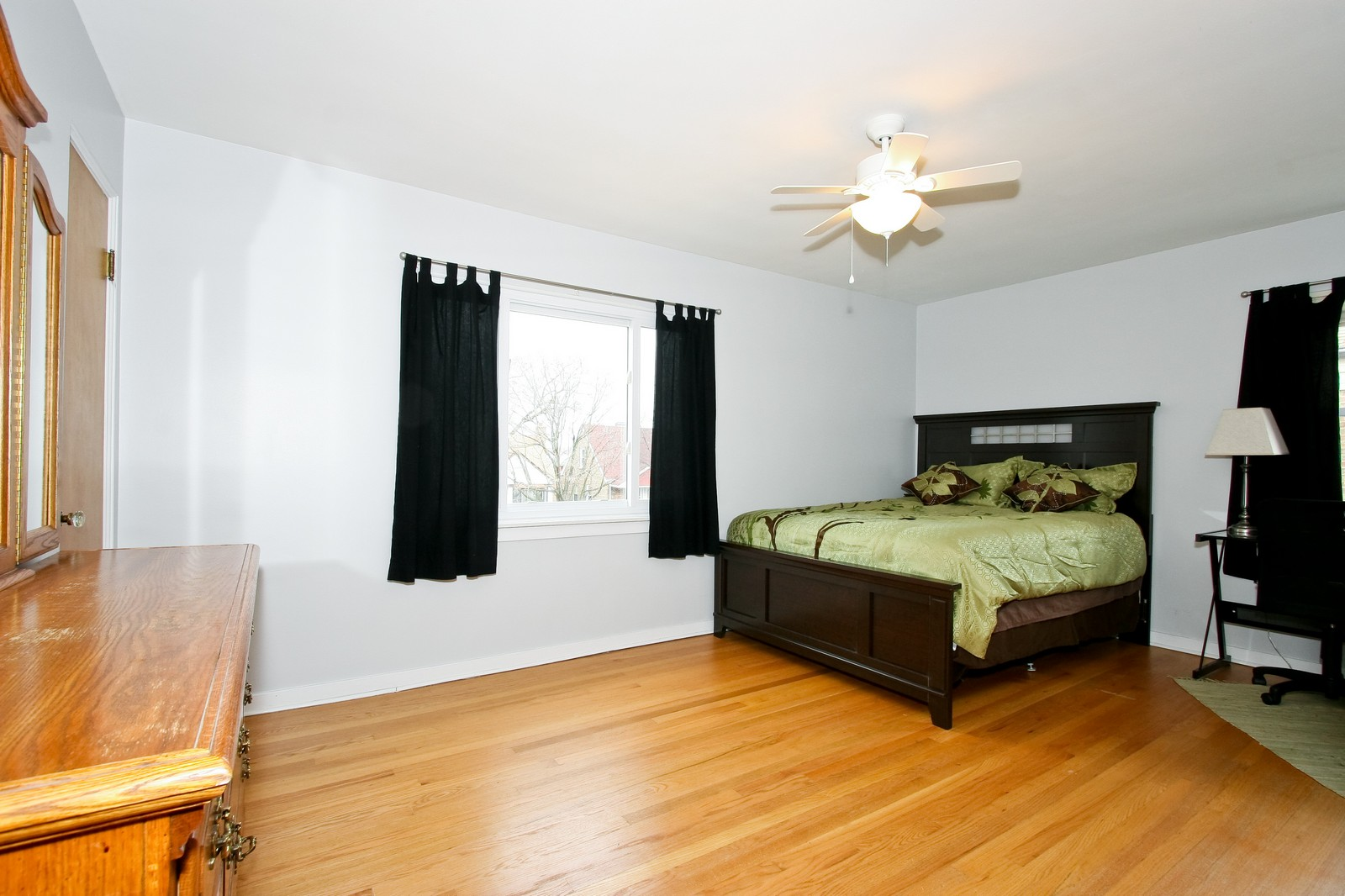 Real Estate Photography - 11468 S Homan, Chicago, IL, 60655 - Bedroom