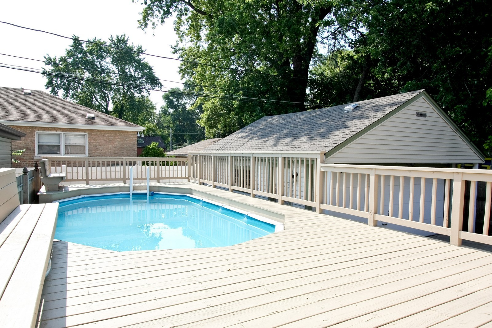 Real Estate Photography - 11468 S Homan, Chicago, IL, 60655 - Pool